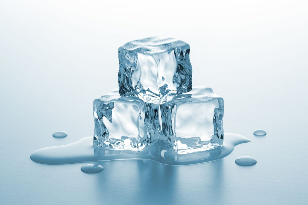 38587069 - pile of ice cubes melting with drops of water on gradient background